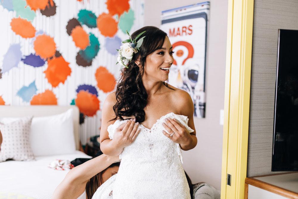KaraNixonWeddings-VeniceBeach-Wedding-7.jpg