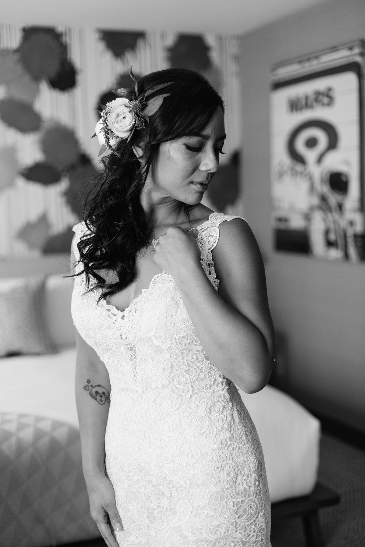 KaraNixonWeddings-VeniceBeach-Wedding-8.jpg