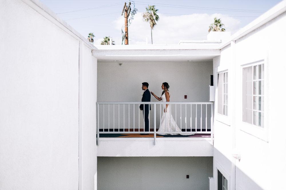 KaraNixonWeddings-VeniceBeach-Wedding-12.jpg