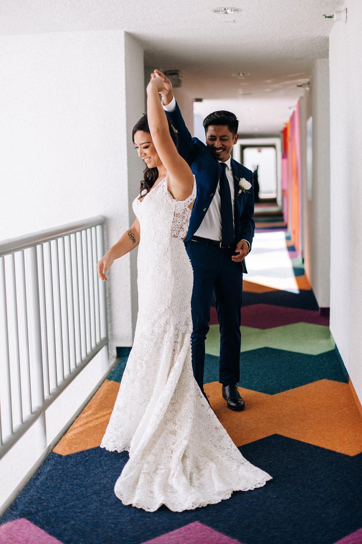 KaraNixonWeddings-VeniceBeach-Wedding-14.jpg