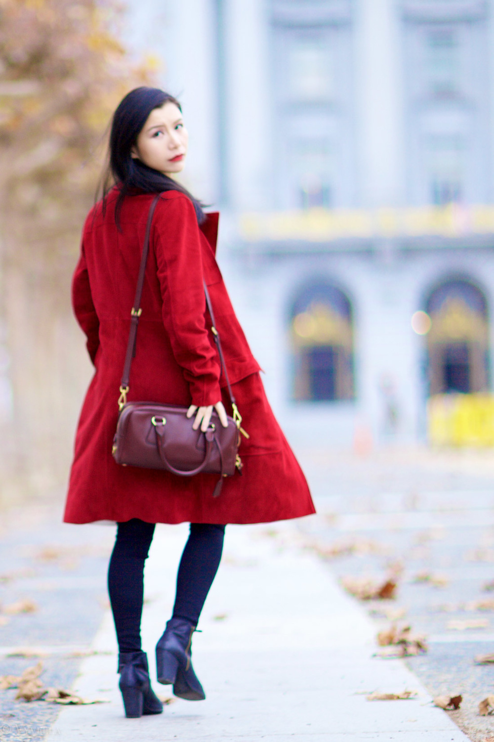 looks_burgundy-1_08.jpg