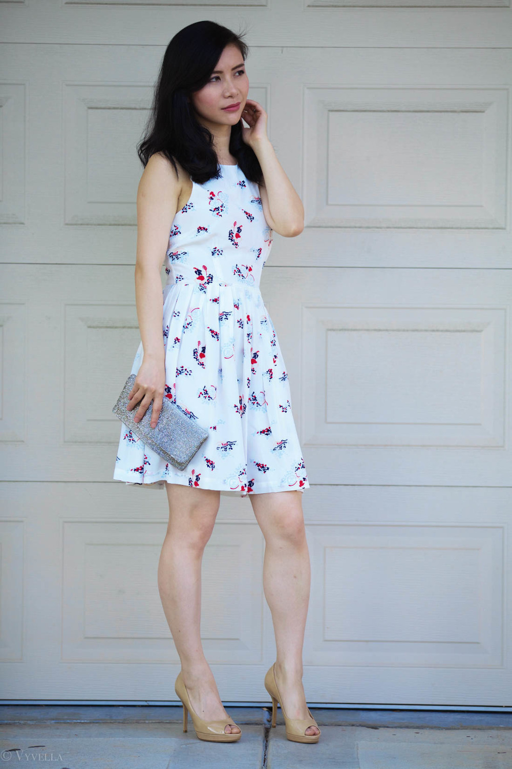 looks_white-floral_02.jpg