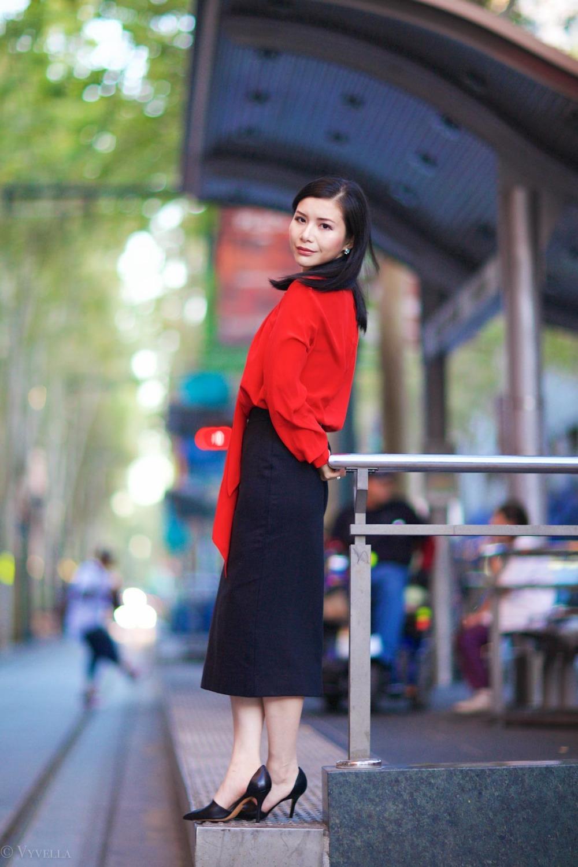 looks_red-and-black-ii_12.jpg