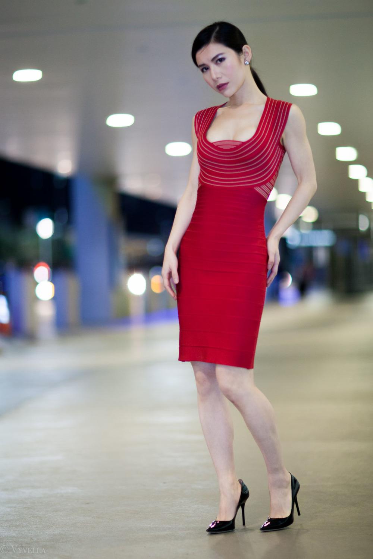 looks_vivian-in-red_02.jpg