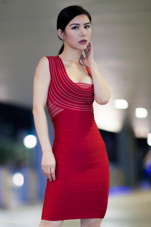 looks_vivian-in-red_03.jpg