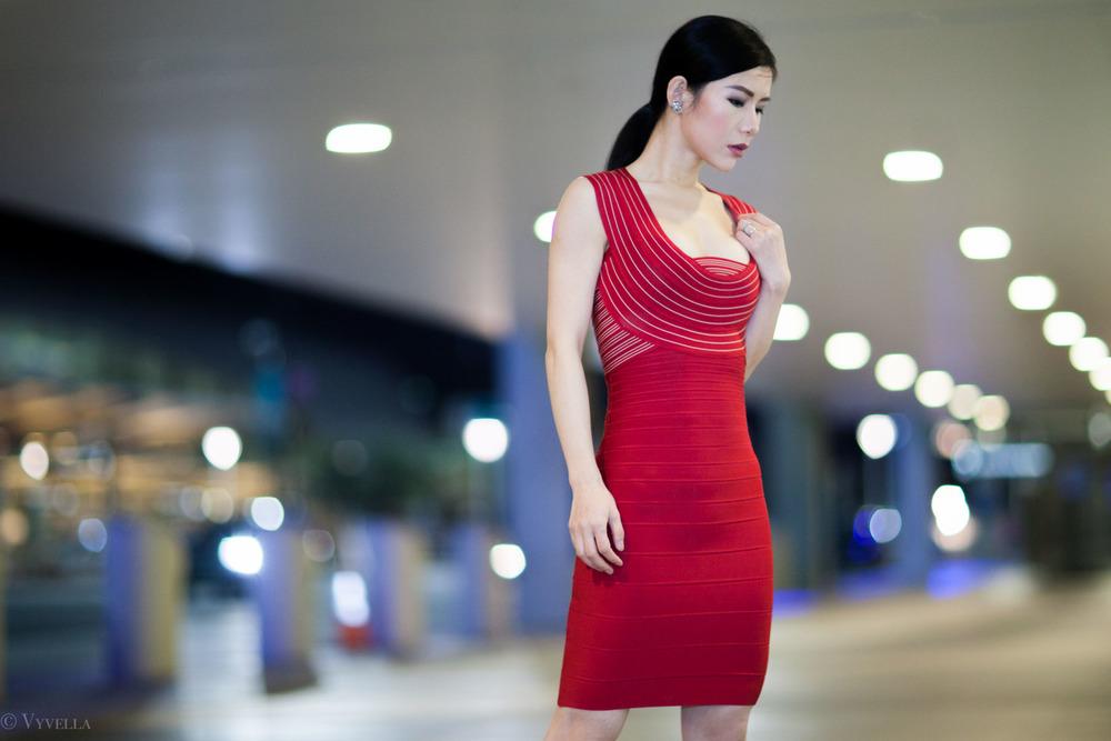 looks_vivian-in-red_04.jpg