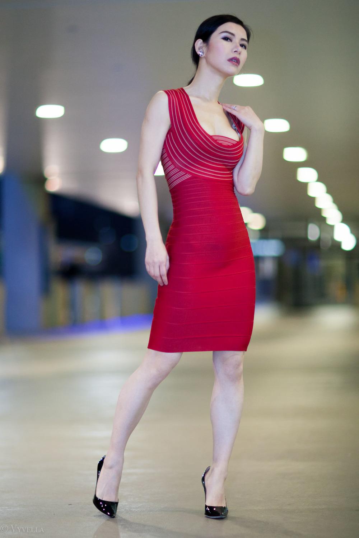 looks_vivian-in-red_10.jpg