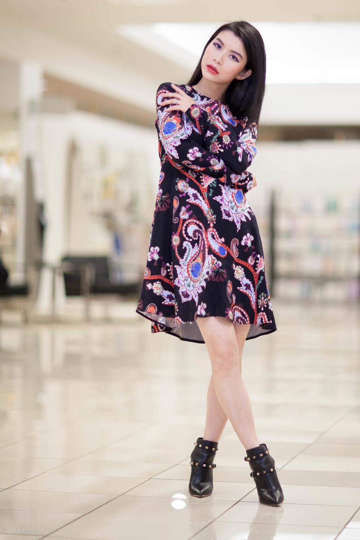 looks_black-paisley-print-dress_07.jpg