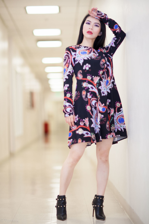looks_black-paisley-print-dress_09.jpg