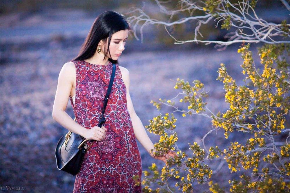 looks_turkish-rug-dress_06.jpg