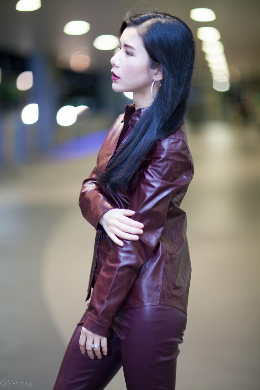 looks_burgundy-leather_03.jpg