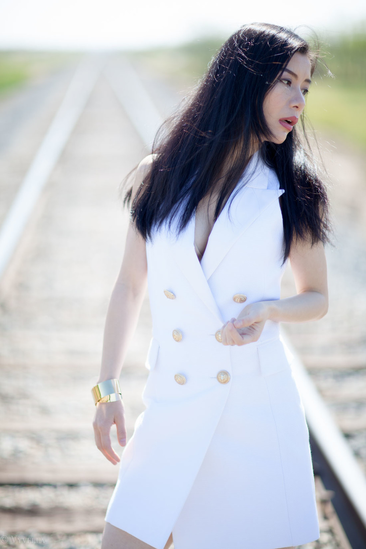 looks_white-morning_06.jpg