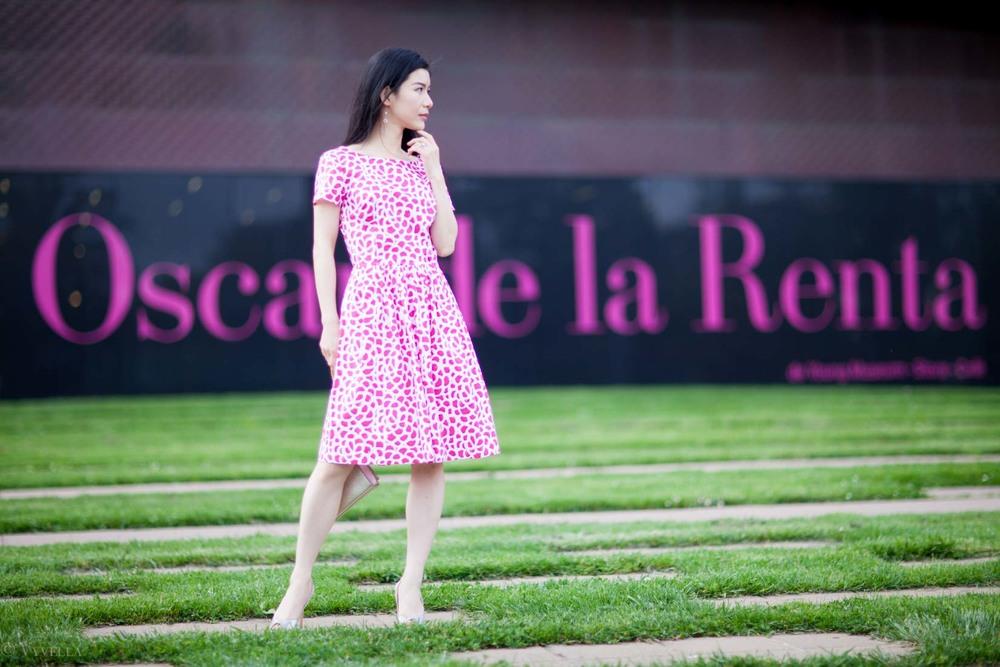 looks_oscar-de-la-renta-exhibition_10.jpg