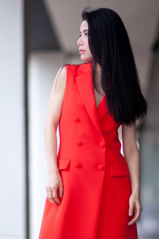 looks_sleeveless-red-dress_09.jpg