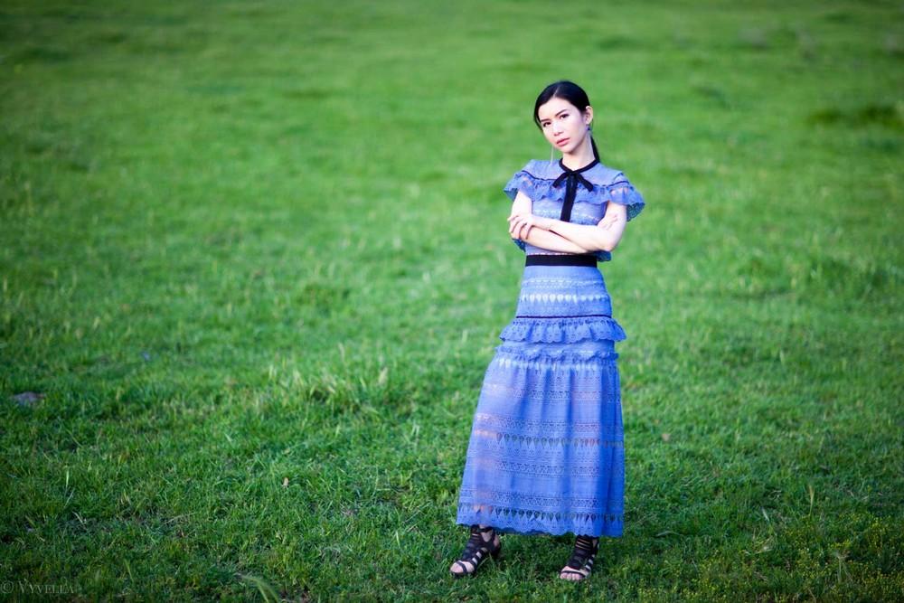 looks_self-portrait-teardrop-dress_07.jpg