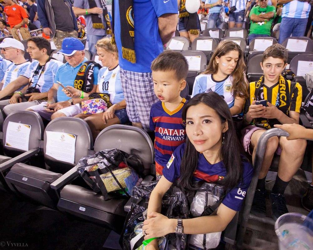 lifestyle_attending-2016-copa-america-centenario-final-match-argentina-vs-chile_07.jpg