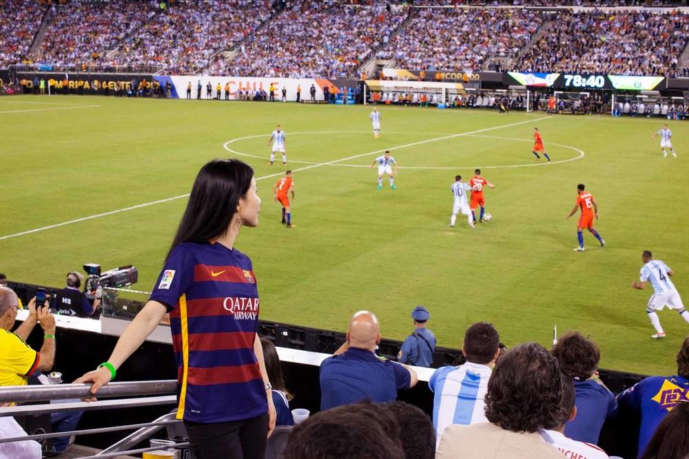 lifestyle_attending-2016-copa-america-centenario-final-match-argentina-vs-chile_06.jpg