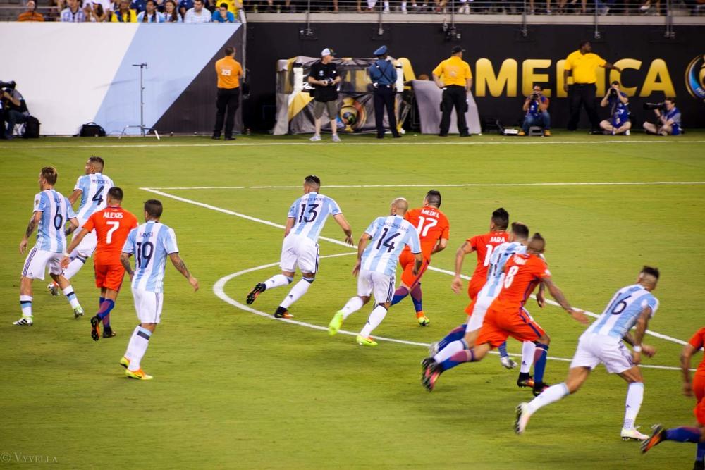 lifestyle_attending-2016-copa-america-centenario-final-match-argentina-vs-chile_09.jpg