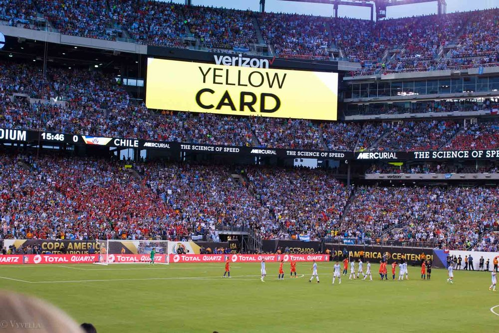 lifestyle_attending-2016-copa-america-centenario-final-match-argentina-vs-chile_08.jpg