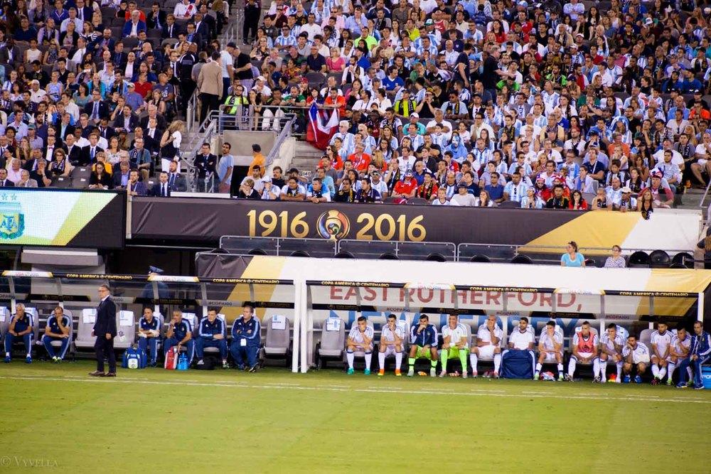 lifestyle_attending-2016-copa-america-centenario-final-match-argentina-vs-chile_10.jpg