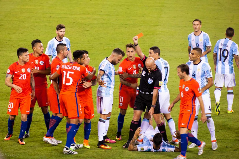lifestyle_attending-2016-copa-america-centenario-final-match-argentina-vs-chile_11.jpg