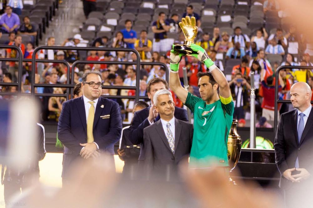 lifestyle_attending-2016-copa-america-centenario-final-match-argentina-vs-chile_18.jpg