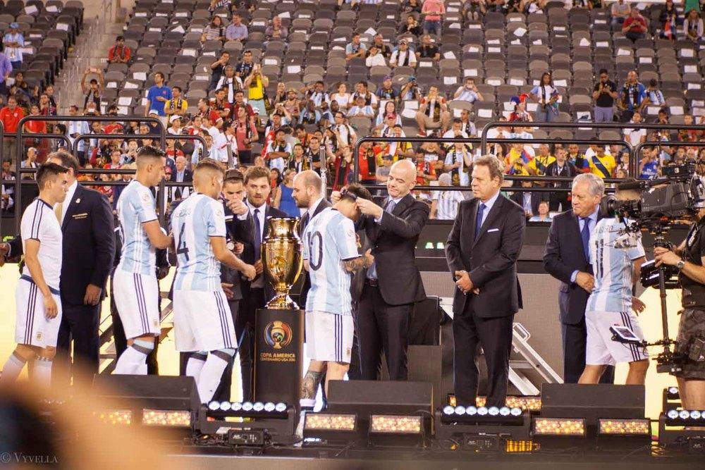 lifestyle_attending-2016-copa-america-centenario-final-match-argentina-vs-chile_21.jpg