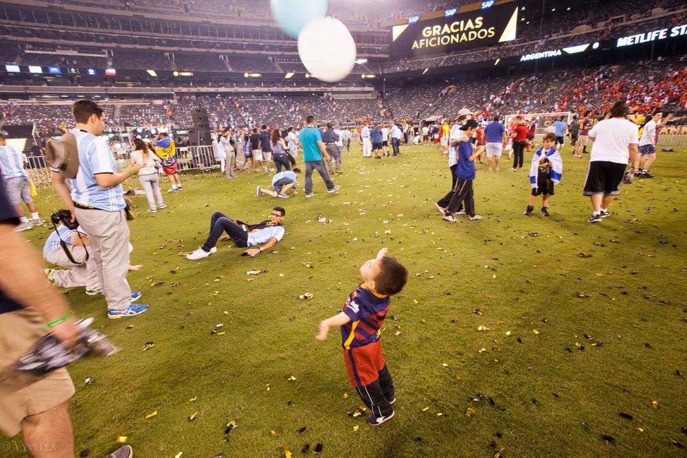 lifestyle_attending-2016-copa-america-centenario-final-match-argentina-vs-chile_25.jpg