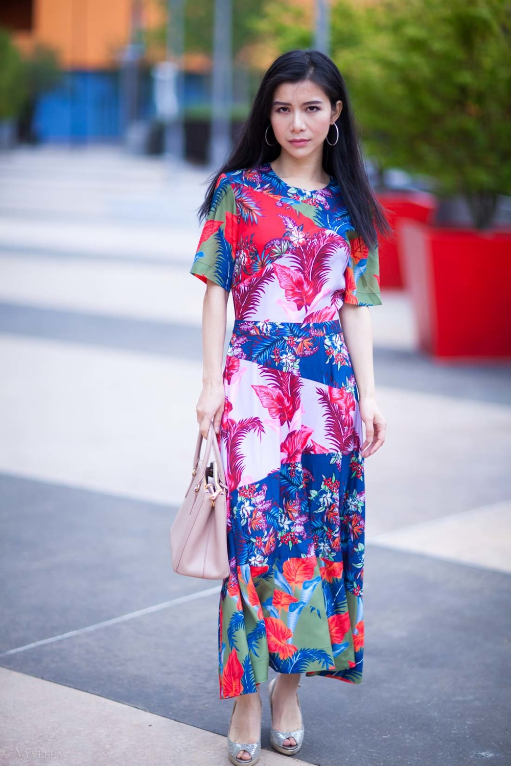 looks_tropical-floral-dress_01.jpg