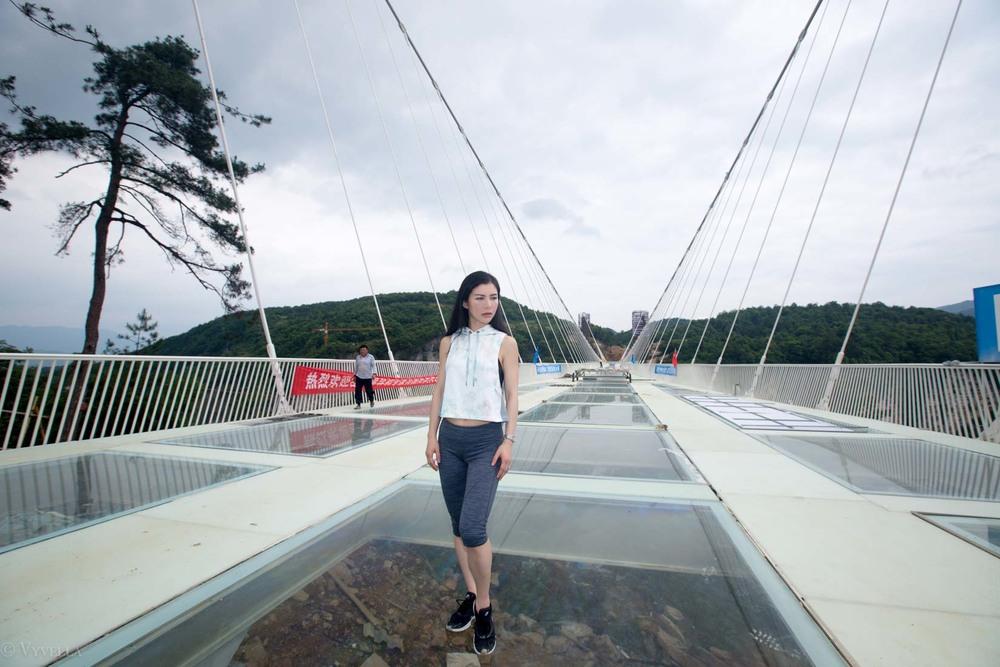 fitness_zhangjiajie-grand-canyon-glass-bridge_03.jpg