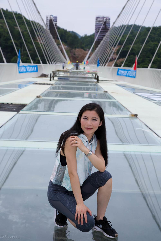 fitness_zhangjiajie-grand-canyon-glass-bridge_04.jpg