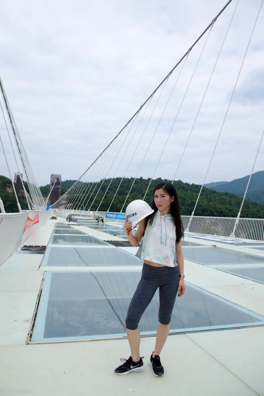 fitness_zhangjiajie-grand-canyon-glass-bridge_05.jpg
