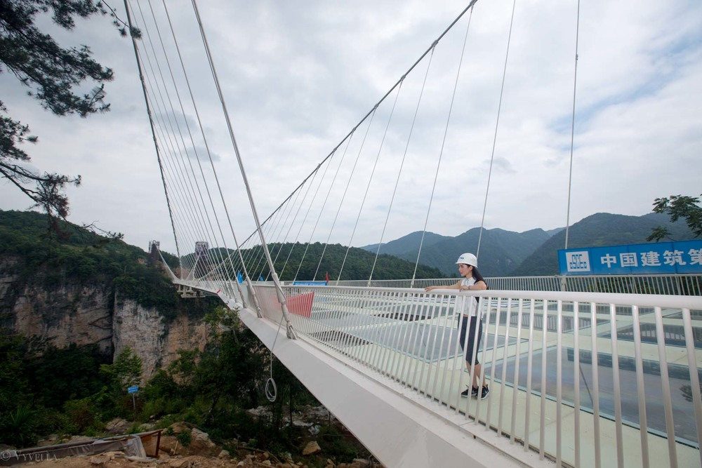 fitness_zhangjiajie-grand-canyon-glass-bridge_06.jpg