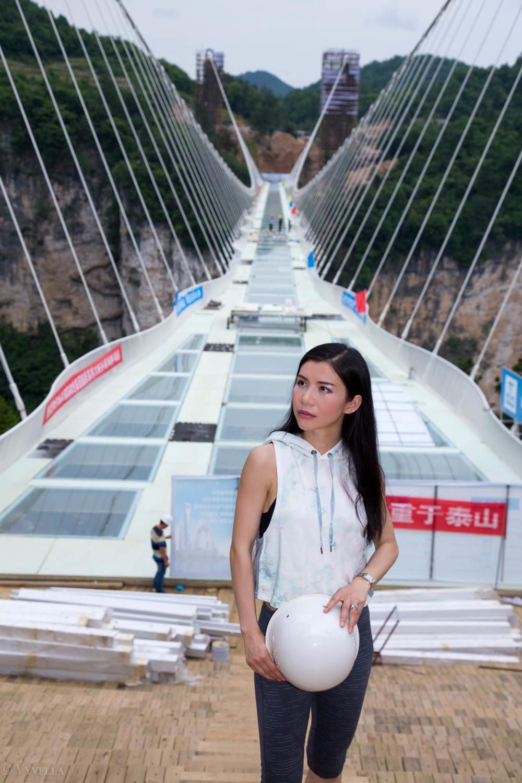 fitness_zhangjiajie-grand-canyon-glass-bridge_08.jpg