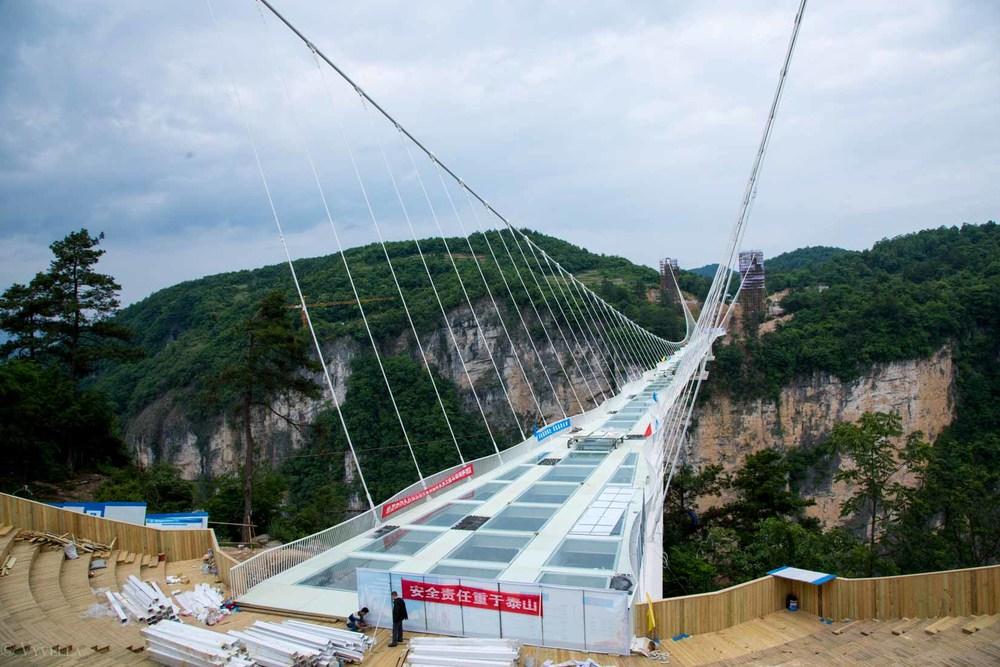 fitness_zhangjiajie-grand-canyon-glass-bridge_14.jpg