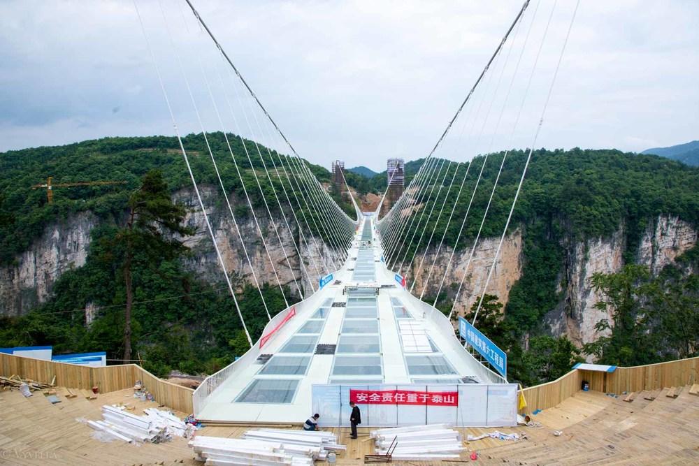 fitness_zhangjiajie-grand-canyon-glass-bridge_15.jpg