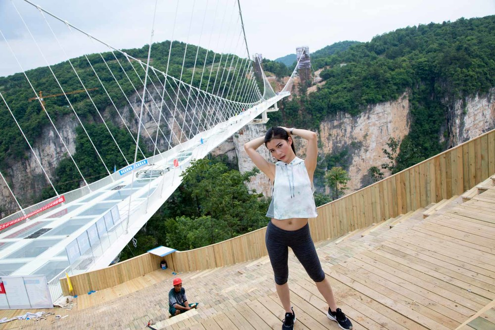 fitness_zhangjiajie-grand-canyon-glass-bridge_17.jpg