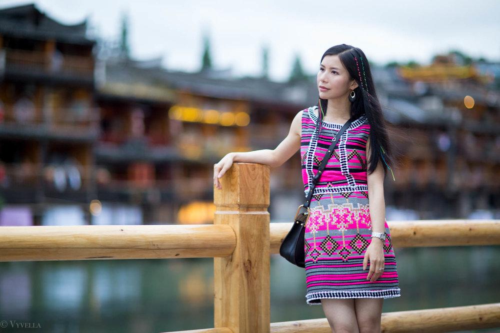 looks_fenghuang-ancient-town_05.jpg
