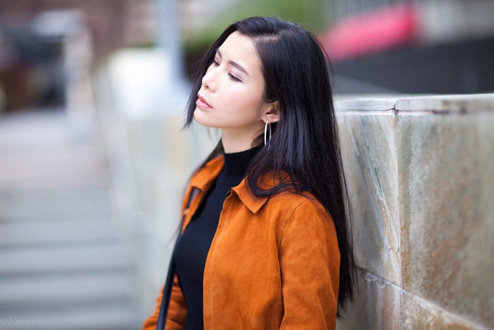 looks_brown-suede-jacket_06.jpg