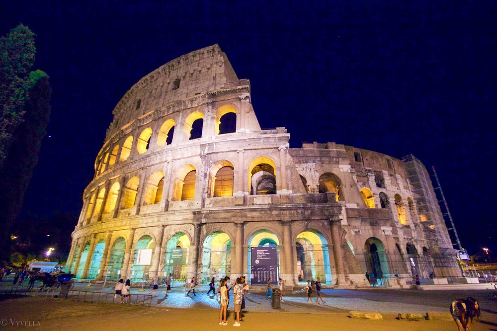 travel_a-look-inside-the-colosseum_02.jpg