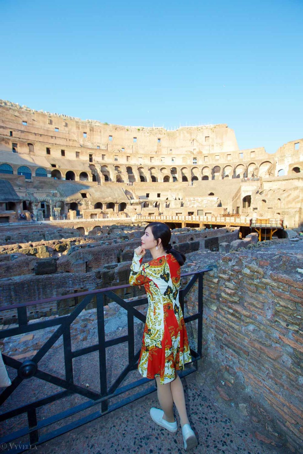 travel_a-look-inside-the-colosseum_05.jpg