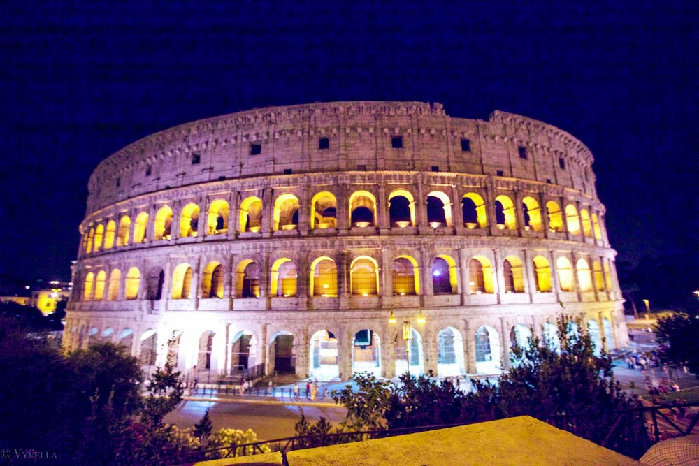 travel_a-look-inside-the-colosseum_16.jpg
