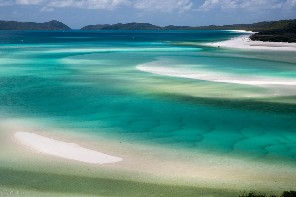 travel_a-natural-wonder-of-the-world-the-great-barrier-reef_05.jpg
