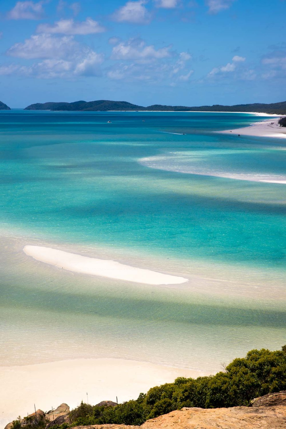 travel_a-natural-wonder-of-the-world-the-great-barrier-reef_08.jpg