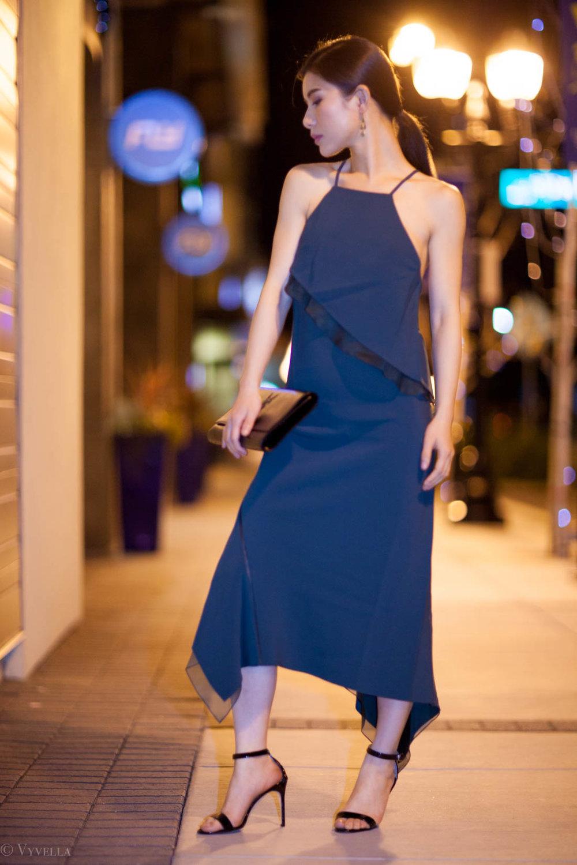 looks_emerald-ruffled-dress_03.jpg