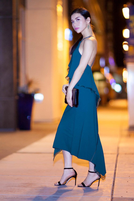 looks_emerald-ruffled-dress_13.jpg