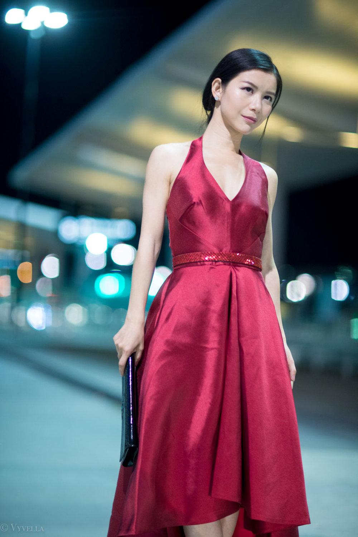 looks_red-high-low-halter-dress_02.jpg