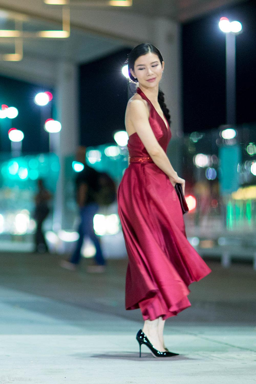 looks_red-high-low-halter-dress_07.jpg