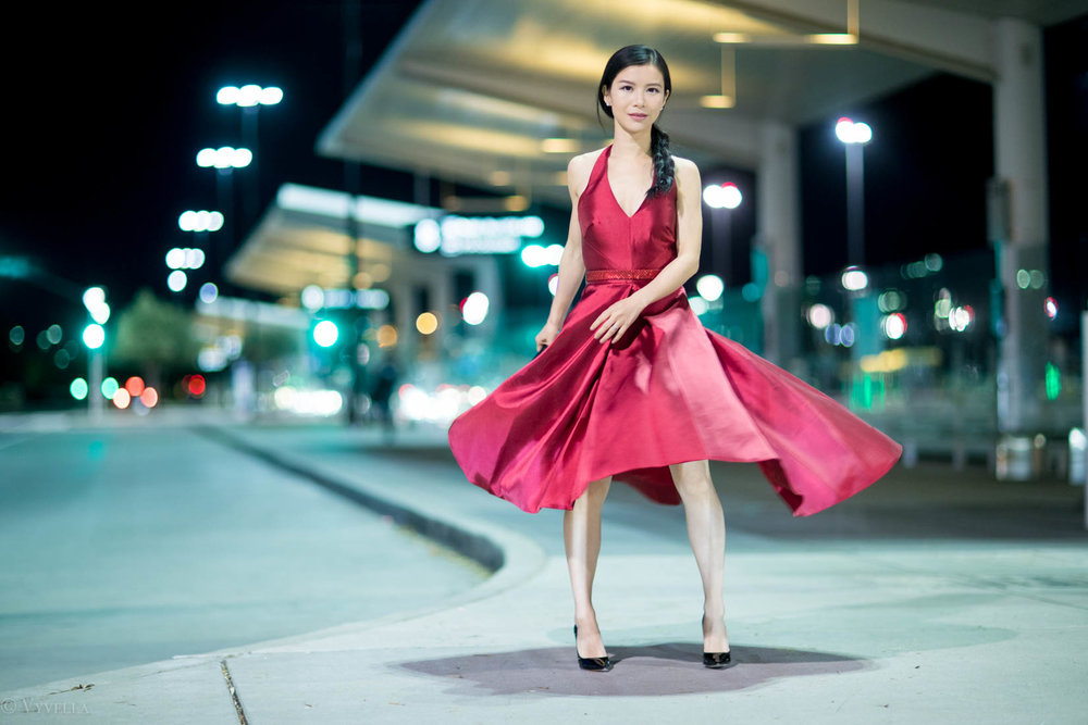 looks_red-high-low-halter-dress_09.jpg