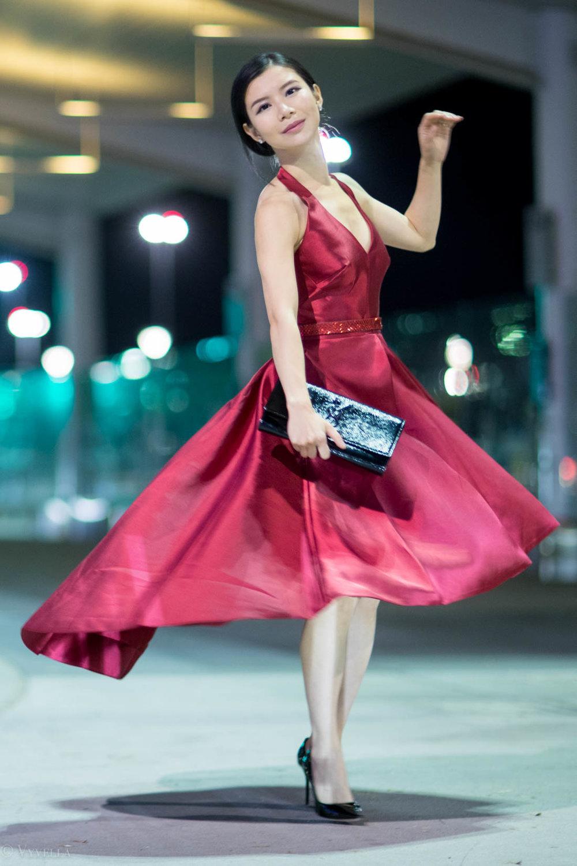 looks_red-high-low-halter-dress_08.jpg